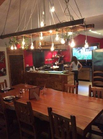 Chalet Cannelle: nos hôtes en cuisine