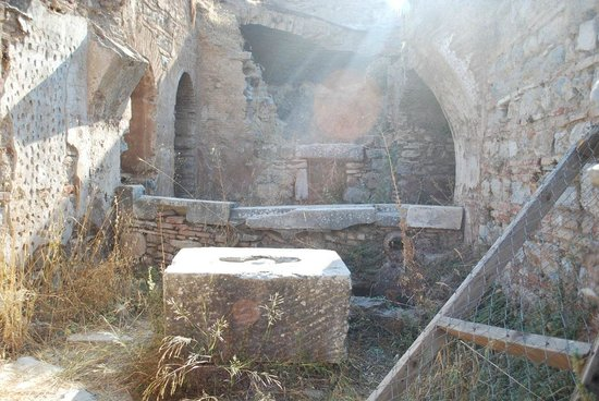 Brothel: Main building structure remains.