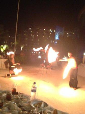 Hard Rock Hotel Cancun: Fire Show