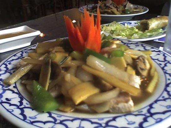Bangkok Restaurant: Bamboo Shoots with beef