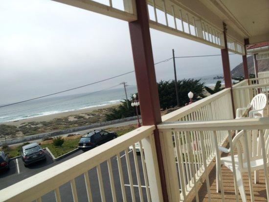 Pacifica Beach Hotel: Balcony