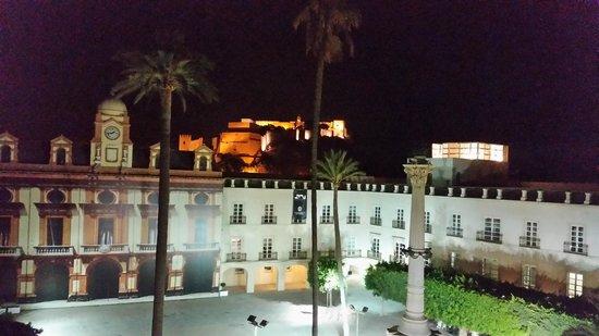 Aire Hotel & Ancient Baths: detalle Alcazaba desde la terraza al aire libre,