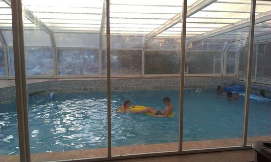 Hotel Magic Villa de Benidorm: Indoor pool