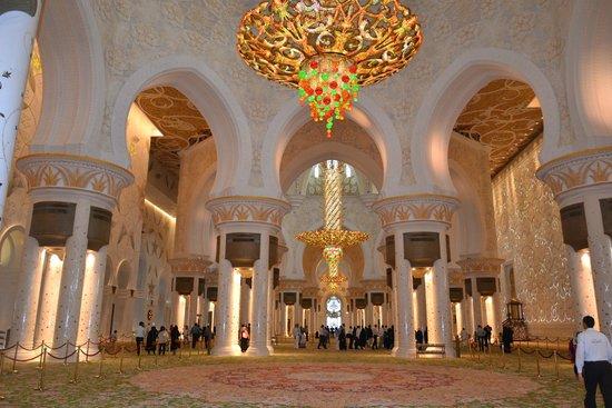 Scheich-Zayid-Moschee: lustre divino