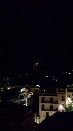 Gourmet Restaurant Ciampoli: l'Etna e la luna...