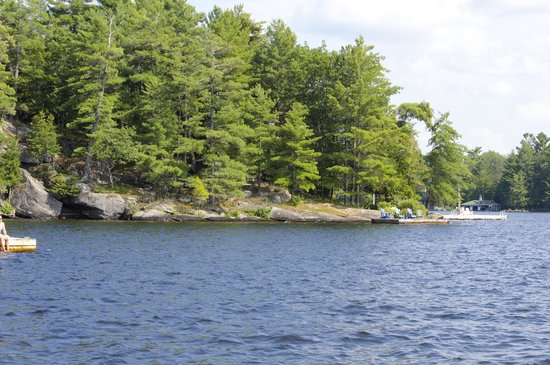 Windermere House Resort & Hotel: Lake Rosseau