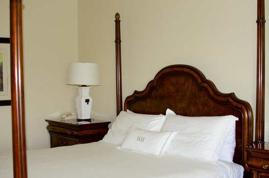 Windermere House Resort & Hotel : very comfy bed