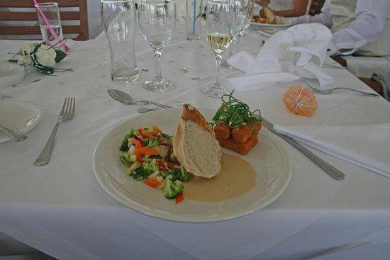 Adams Beach Hotel: Our wedding breakfast