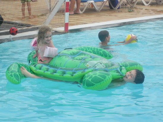 Hotel Floresta: fun in the pool