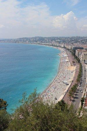 Colline du château : View of Promenade de Anglais from Castle Hill
