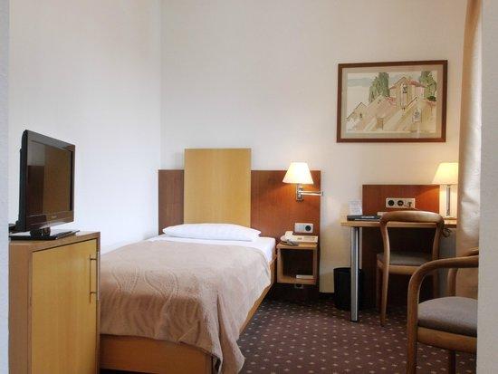 Dom Hotel Zimmer
