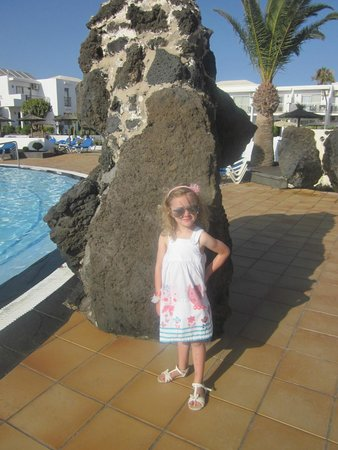 Hotel Floresta: posing by the pool