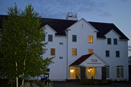 Windermere House Resort & Hotel: Evening at Windermere
