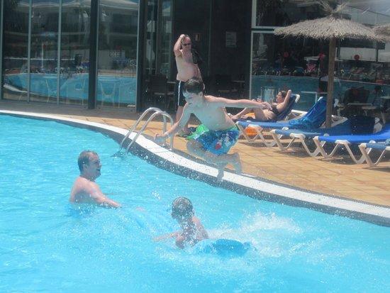 Hotel Floresta: pool fun