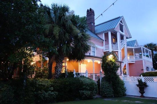 The Beaufort Inn at dusk