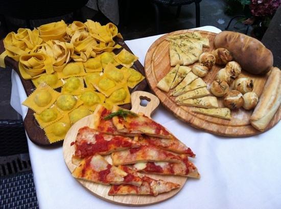 Locanda al Pozzo Antico: cucina workshop met Paola