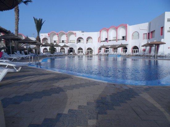 Homere Hotel: piscine extérieure