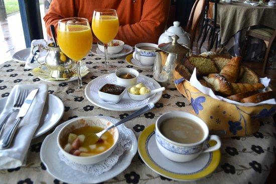 Hotel Art & Spa Las Cumbres : El desayuno para deleitarse.