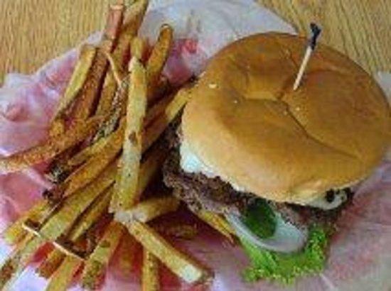 D & D Cafe: Chicken Cordon Bleu Burger