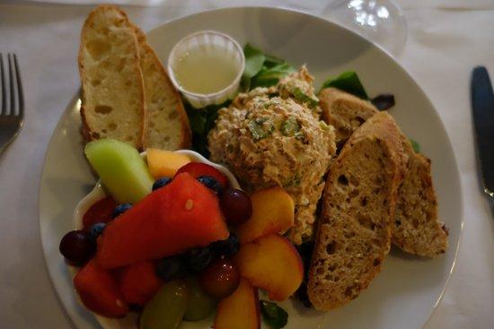 Wren Bistro : Tuna Plate