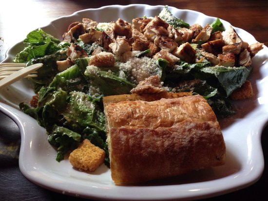 Lazy Flamingo: Amazing and HUGE Caesar salad with grilled chicken. Delicious!
