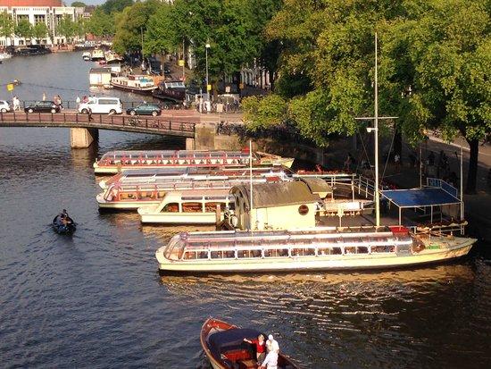 De L'Europe Amsterdam: Aussicht auf die Amstel