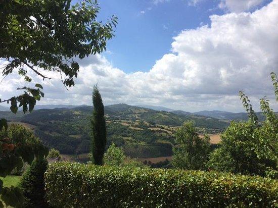 Bellaugello: Gorgeous valley view