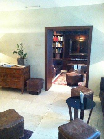Alden Luxury Suite Hotel Zurich: Lobby
