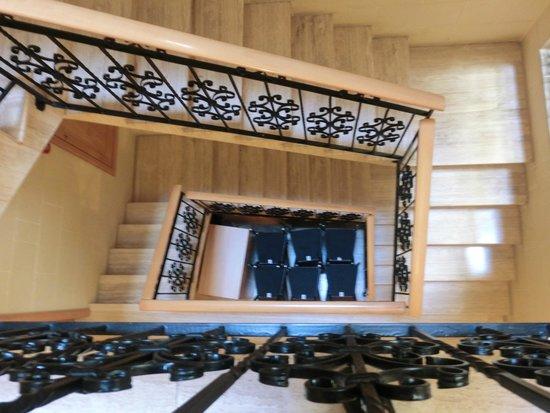 San Andrea Hotel: Treppenhaus