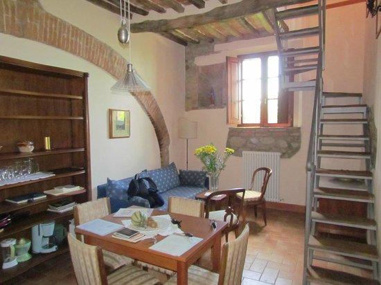 Agriturismo La Falconara: living room kitchen area main floor