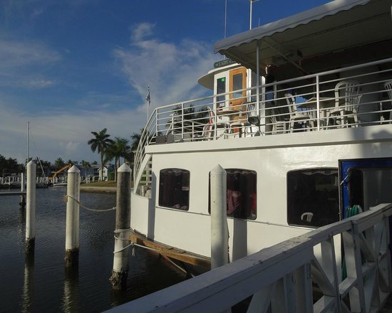 Captiva Cruises: The boat, Lady Chadwick