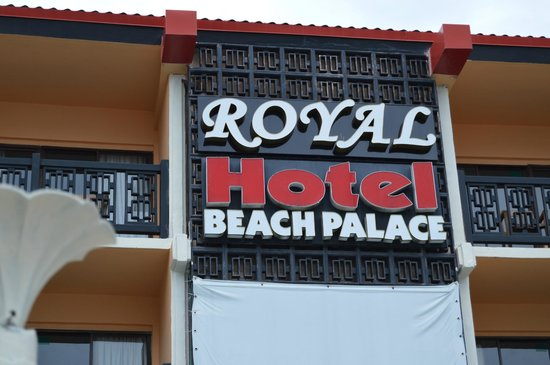 Royal Beach Palace: Holel