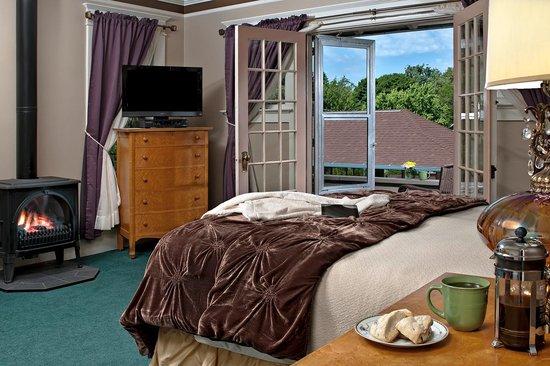 Green Gables Inn: Dryads Bubble Suite