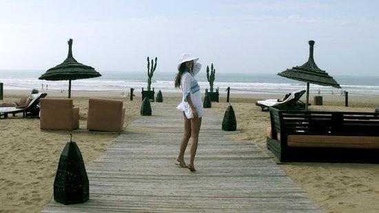 Sofitel Agadir Royal Bay Resort: Выход к морю, пляж
