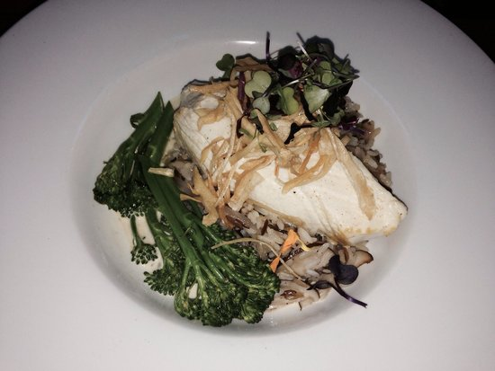 All Seasons Cafe: Halibut