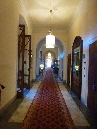 Grand Hotel Villa Igiea - MGallery by Sofitel: le couloir principal