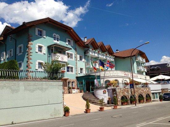 Hotel Bellavista: Vista desde la calle