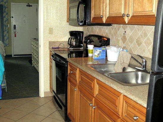 Caribbean Resort And Villas: Nice little kitchen