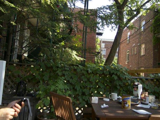 Gîte Urbain La Lanterne : la terrasse