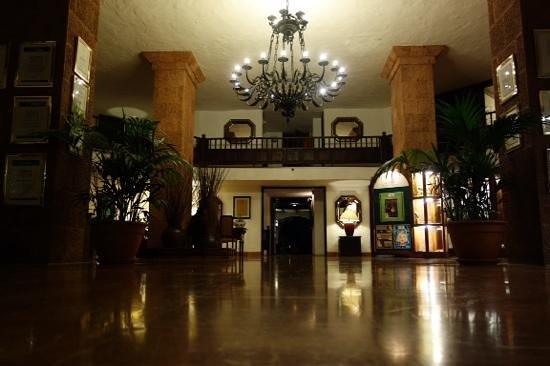 Hotel Parque Tropical : Die Lobby