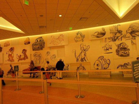 Disney's Art of Animation Resort : saguão  do hotel