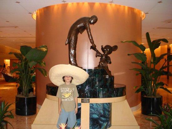 Disney's Contemporary Resort : Lobby del hotel