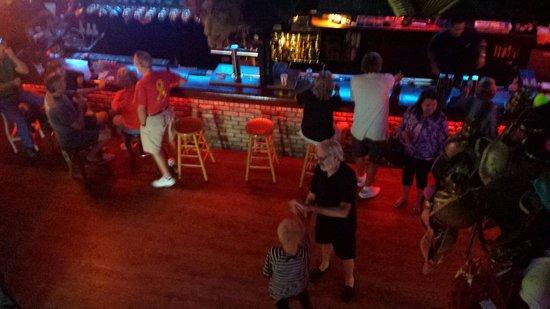 Lou's Blues: Fun place. ..I love karaokee too...