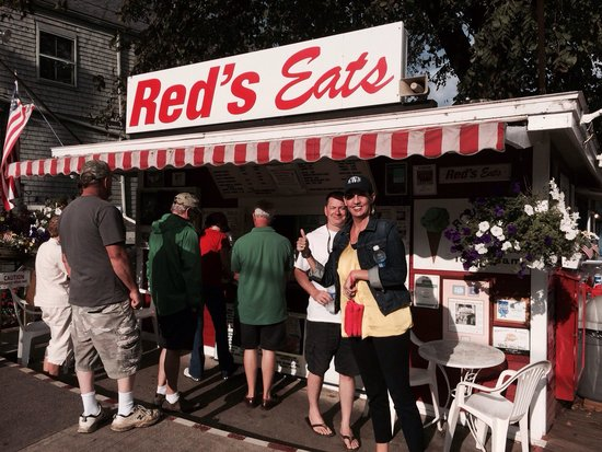 Red's Eats : Our friends enjoyed Red's as much as we do.