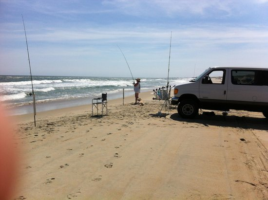 Frisco Woods Campground: Set up on the beach ....