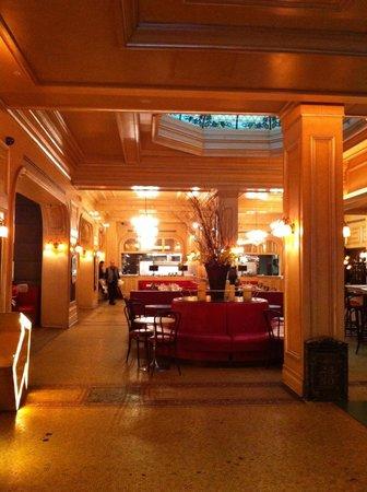 Carlton Hotel, Autograph Collection: Parisian Feel