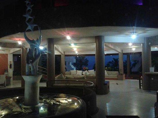 Starbay Suites Resort: Lobby