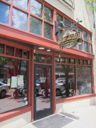 El Moro Spirits & Tavern : Front door of El Moro