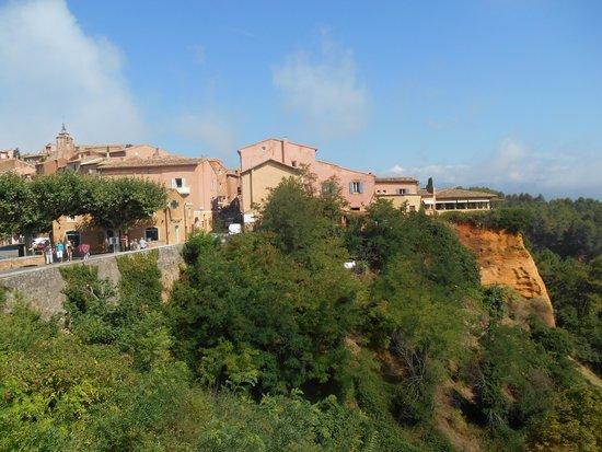 Castel Luberon: In de directe omgeving