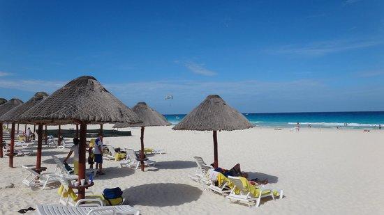 Park Royal Cancun: Bela praia